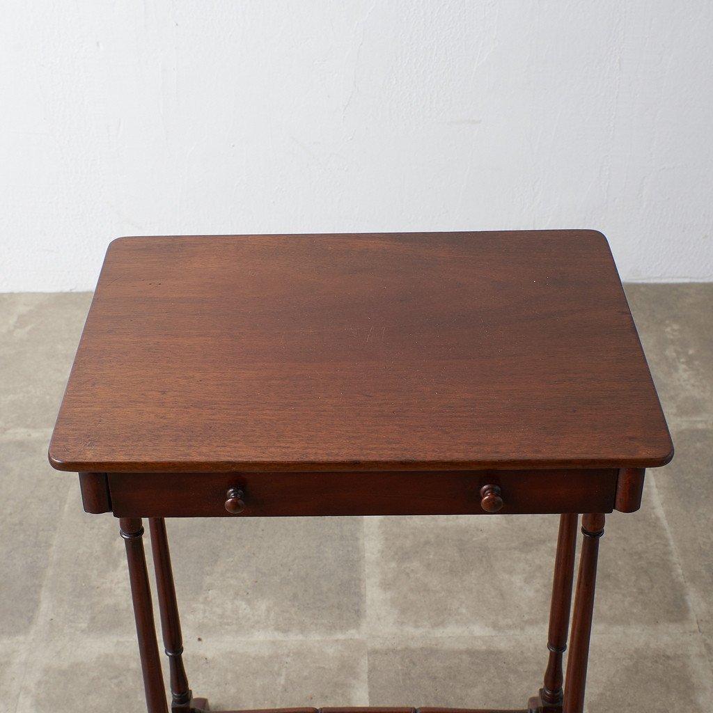 #39378 英国アンティーク ウォールナット材 サイドテーブル コンディション画像 - 10