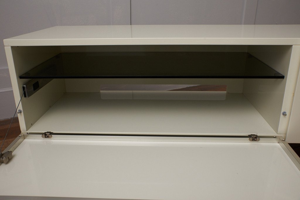 カッシーナ cassina BREATH シアターボード W2200