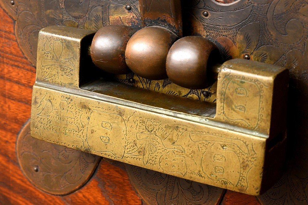 #31825 李朝家具 無垢材 箪笥 コンディション画像 - 32