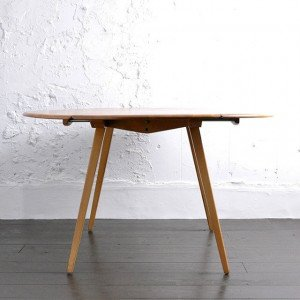 Ercol Oval Dropleaf Table / 1806-0012-0