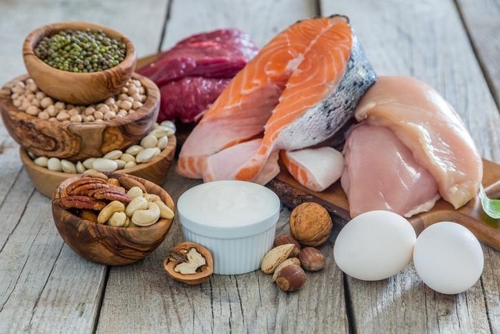 タンパク質を積極的に摂る