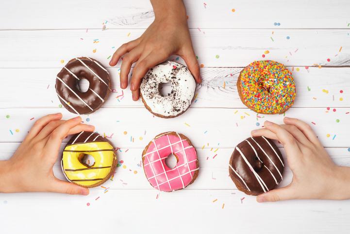 「脂質」の摂取量は、必要以上に減らさないようにする