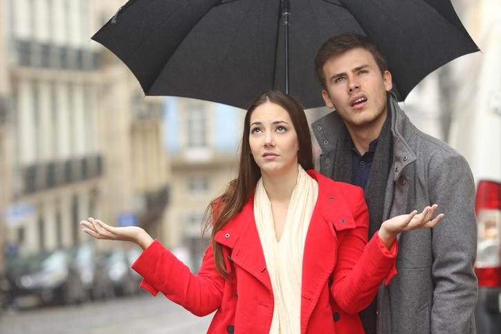 雨の日の外デートで守ることって?