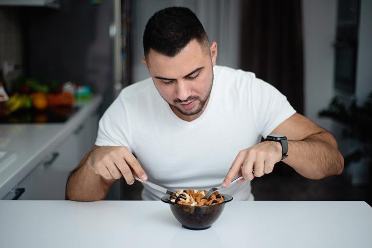 食べる量を節制する