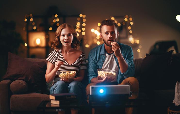ハロウィンの過ごし方①|お家でハロウィンっぽい映画を観る
