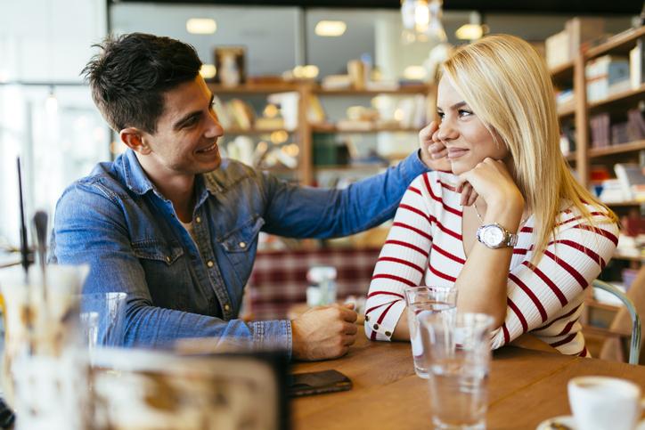 女友達と距離を縮めるアプローチ方法