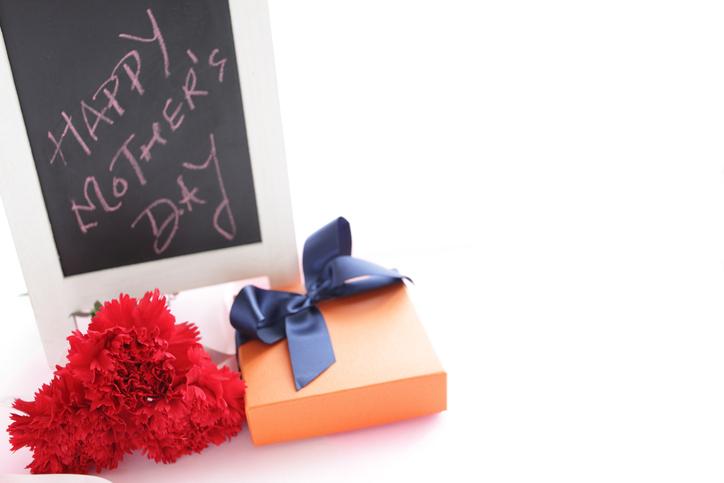 母の日のプレゼントにふさわしい金額の予算はいくら?