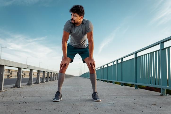 筋肉の柔軟性が低下する原因